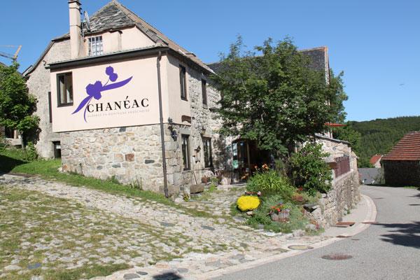 extérieur Auberge Chanéac à Sagnes et Goudoulet