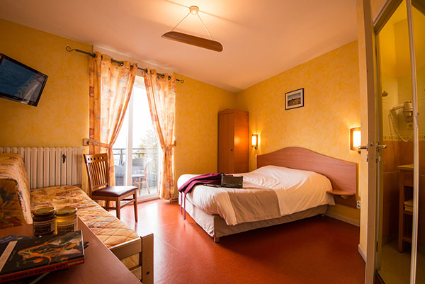 chambre hôtel Le Béauséjour au Béage