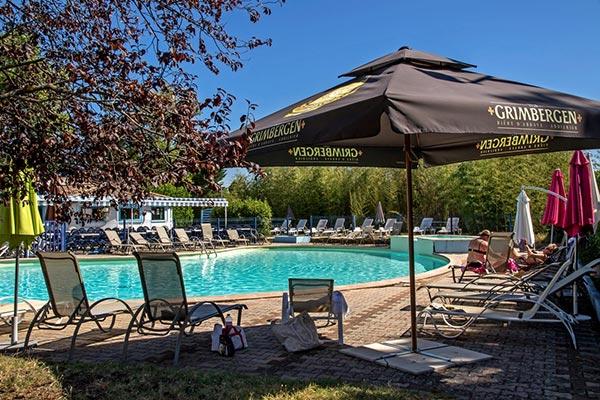piscine hôtel la Siesta à Davézieux - votre hébergement pour le séjour vélo Pilat