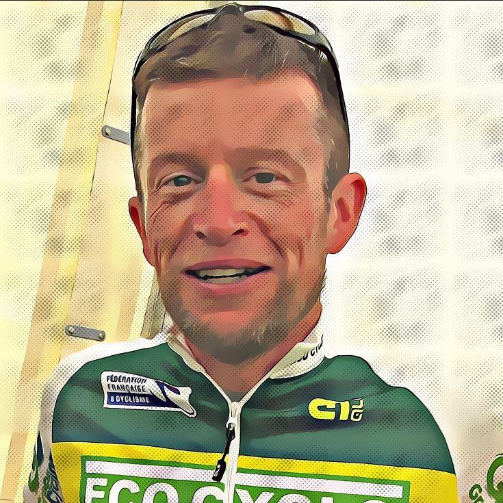 portrait Frédéric - responsable projet séjours vélo ardéchoise autrement