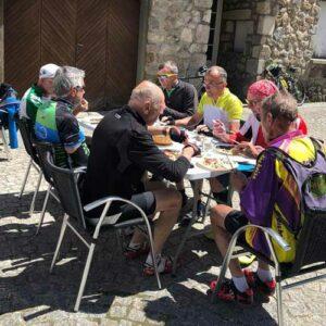 séjour vélo Haut Lignon mai 2021 - pause pique nique